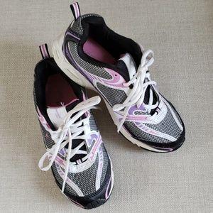 Danskin now shoes